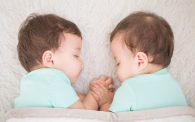 7 Ways to Choose the Perfect Names for your Twins